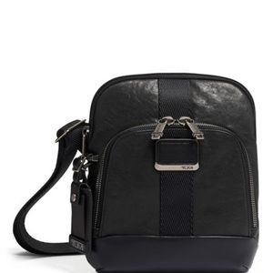 Barksdale Crossbody Leather, ALPHA BRAVO